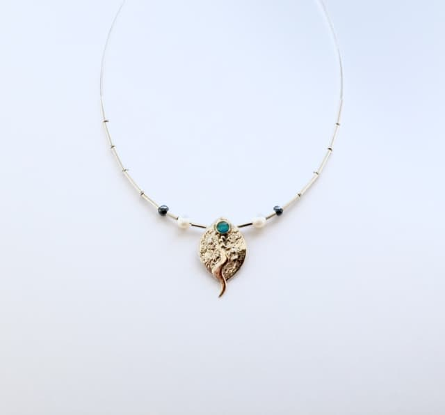 Heidi-Wild-necklace-gold-silver-opal
